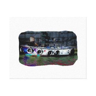 Foto coloreada única del bote pequeño lona estirada galerías