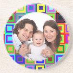 Foto colorida de los cuadrados posavasos personalizados