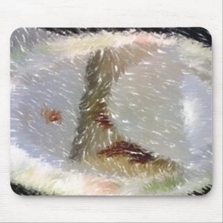 Foto corregida comida extraña mouse pad