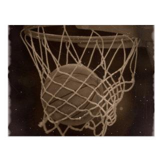 Foto dañada del baloncesto tarjeta postal