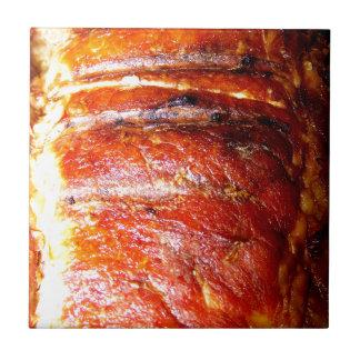 Foto de la carne asada del lomo de cerdo azulejos cerámicos
