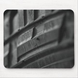 Foto de la pisada del neumático del fango
