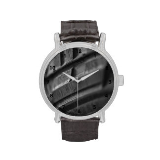 Foto de la pisada del neumático del fango relojes de pulsera
