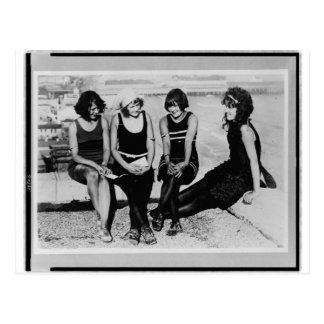 Foto de las bellezas de la playa del vintage postal