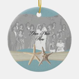 Foto de las estrellas de mar del azul de cielo del adorno navideño redondo de cerámica