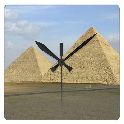 Foto de las pirámides de Giza Reloj Cuadrado
