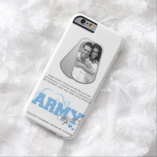 Foto de las placas de identificación de la esposa funda para iPhone 6 barely there
