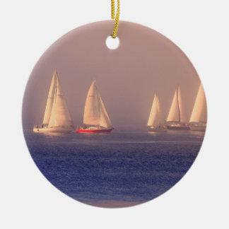 Foto de los veleros de la puesta del sol ornatos