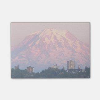 Foto de Tacoma y del Monte Rainier Alpenglow Notas Post-it®