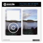 Foto de un pequeño lago iPod calcomanía