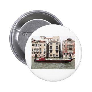 Foto de Venecia Italia del barco de pesca en puert Pins
