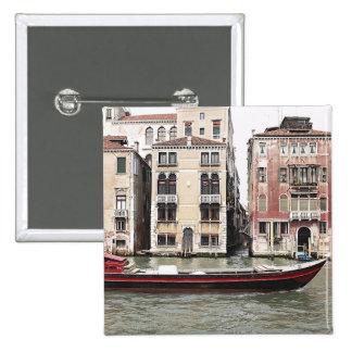 Foto de Venecia Italia del barco de pesca en puert Pin