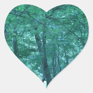 Foto del bosque pegatina en forma de corazón