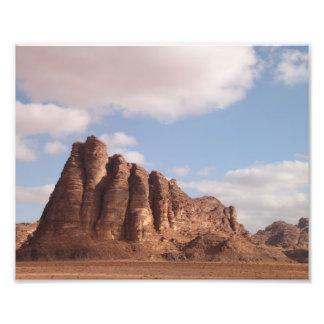 Foto del desierto del ron del lecho de un río seco fotografías