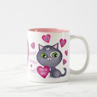 Foto del gato del el día de San Valentín y taza de