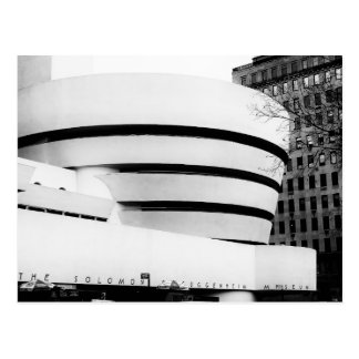 Foto del museo de Guggenheim en New York City Tarjetas Postales