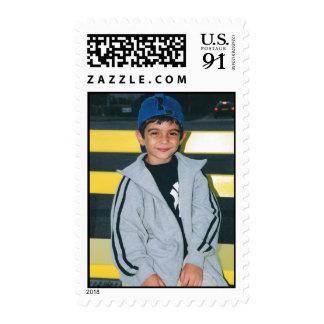 foto del niño pequeño sellos