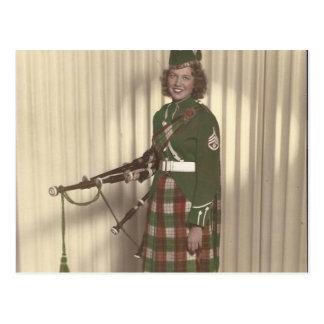 foto del vintage de la postal del chica del gaiter