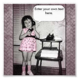 Foto del vintage del chica en el texto del persona