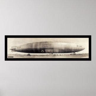Foto dirigible 1910 del dirigible no rígido R34 Posters