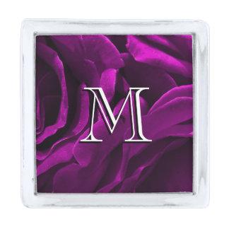 Foto floral de los rosas púrpuras románticos insignia plateada