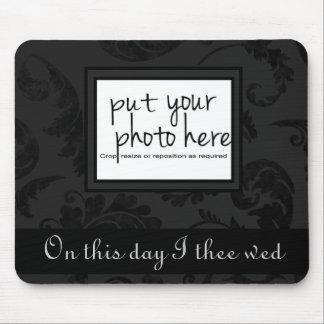 Foto floral y texto del estilo negro elegante del  alfombrilla de raton