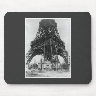 Foto from 1800 del vintage de la torre de Eifel Tapetes De Raton