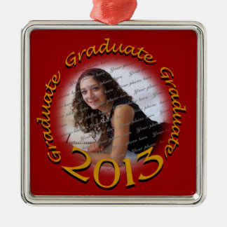 Foto graduada del rojo 2013 y del oro adorno navideño cuadrado de metal