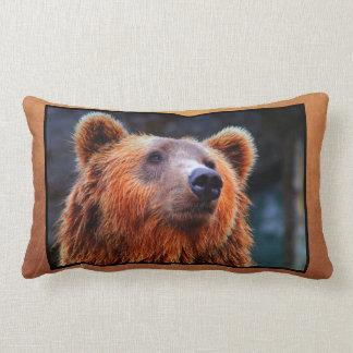 Foto hermosa de la fauna del retrato del oso de cojín lumbar