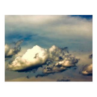 Foto hermosa del cielo de la naturaleza de la nube tarjeta postal