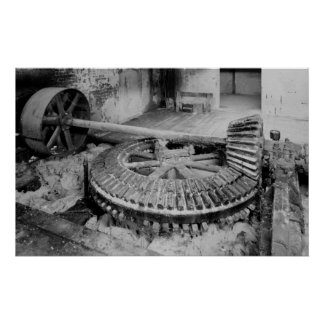 Foto industrial - engranajes de madera del molino  póster
