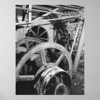 Foto industrial - ruedas volantes de madera de la  póster