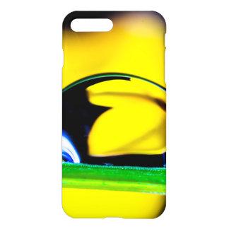 Foto macra de la flor del amarillo del descenso funda para iPhone 7 plus