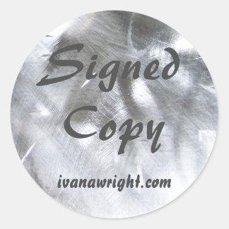 Foto metálica y copia firmada gris pegatina redonda