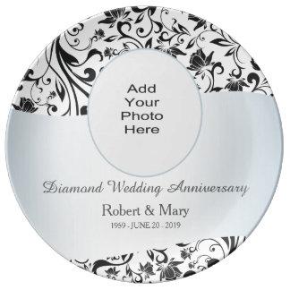 Foto negra del aniversario de boda del diamante platos de cerámica