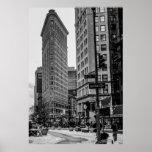 Foto negra y blanca del edificio de Flatiron en NY Poster