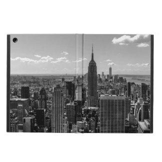 Foto negra y blanca del horizonte de New York City