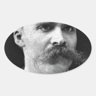 Foto original del b&w de Friedrich Nietzsche Calcomanía Ovalada