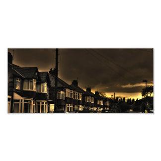 Foto oscura espeluznante de la calle fotografía