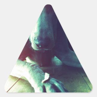 Foto pasada de moda de Weimaraner Pegatina Triangular