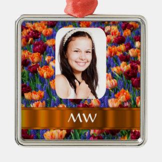 Foto personalizada tulipán anaranjado adorno navideño cuadrado de metal