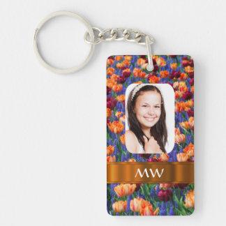 Foto personalizada tulipán anaranjado llavero rectangular acrílico a doble cara
