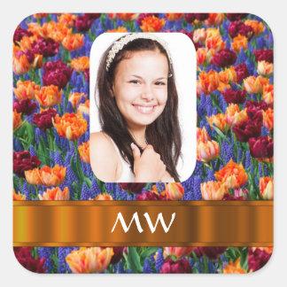 Foto personalizada tulipán anaranjado pegatina cuadrada