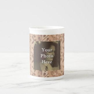 Foto primitiva rústica del arbolado de cinco taza de té