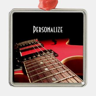 Foto roja brillante de la guitarra eléctrica adorno navideño cuadrado de metal