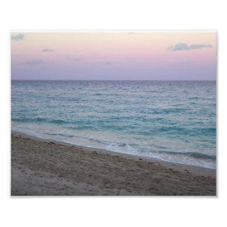 Foto rosada pacífica escénica de la playa de la pu