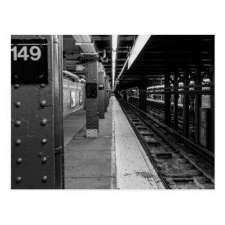 Foto urbana del subterráneo tarjetas postales
