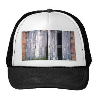 Foto vieja de los graneros de los edificios de las gorras