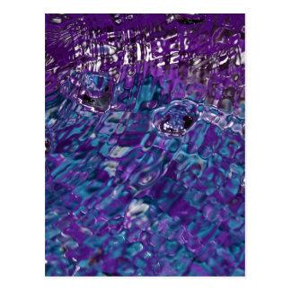 Fotografía abstracta azul y púrpura del agua tarjeta postal