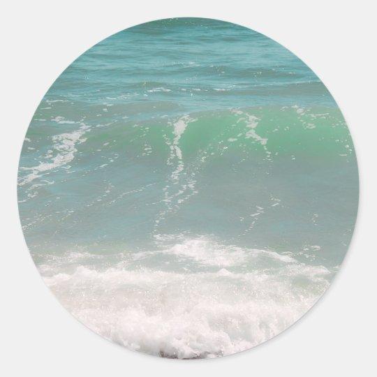 Fotografía azul de la playa del mar verde de las pegatina redonda